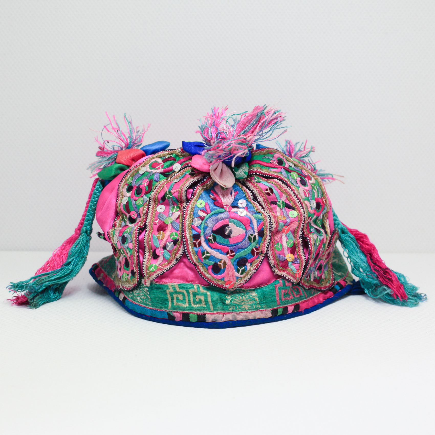 Vintage Chinese Tribal Miao Embroidered Baby Hat H6040