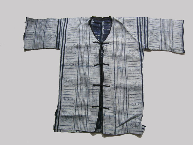 Old Chinese Tribal Miao Embroidered Jacket S5055 - Click Image to Close