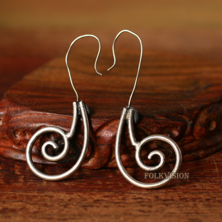Ethnic Tribal Miao Handmade Earrings JE328