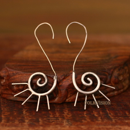 Ethnic Tribal Miao Handmade Earrings JE331 - Click Image to Close