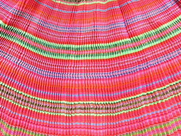 VINTAGE CHINESE MIAO PLEATED WOVEN APRON SKIRT S7029